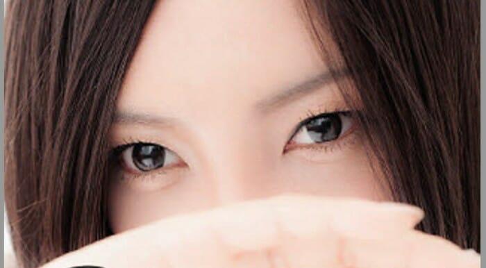 吉高由里子の目小さい一重