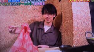 横浜流星の箸の持ち方動画画像