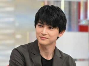吉沢亮の兄弟の顔画像名前年齢