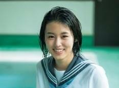 竹内愛紗似てる女優と高校