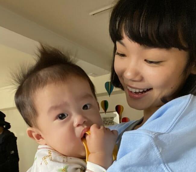 古川琴音の中国語と両親兄弟