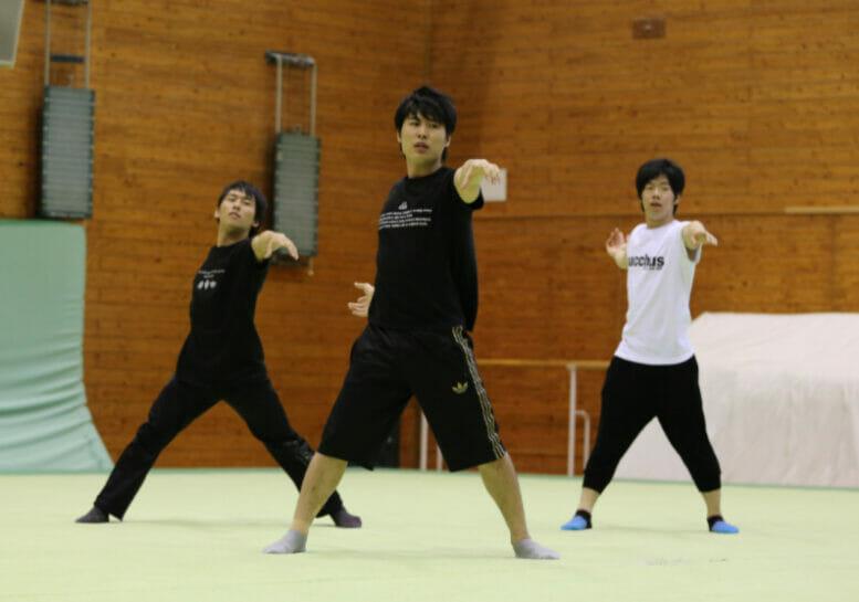 河西智美の夫の小山圭太の体操